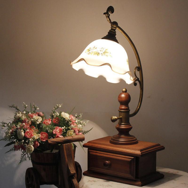 品牌欧式田园卧室实木灯 创意书房卧室床头台灯带抽屉