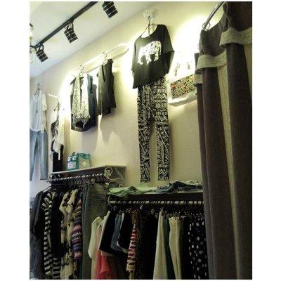 铁艺服装架批发服装店衣架展示架女装壁挂童装