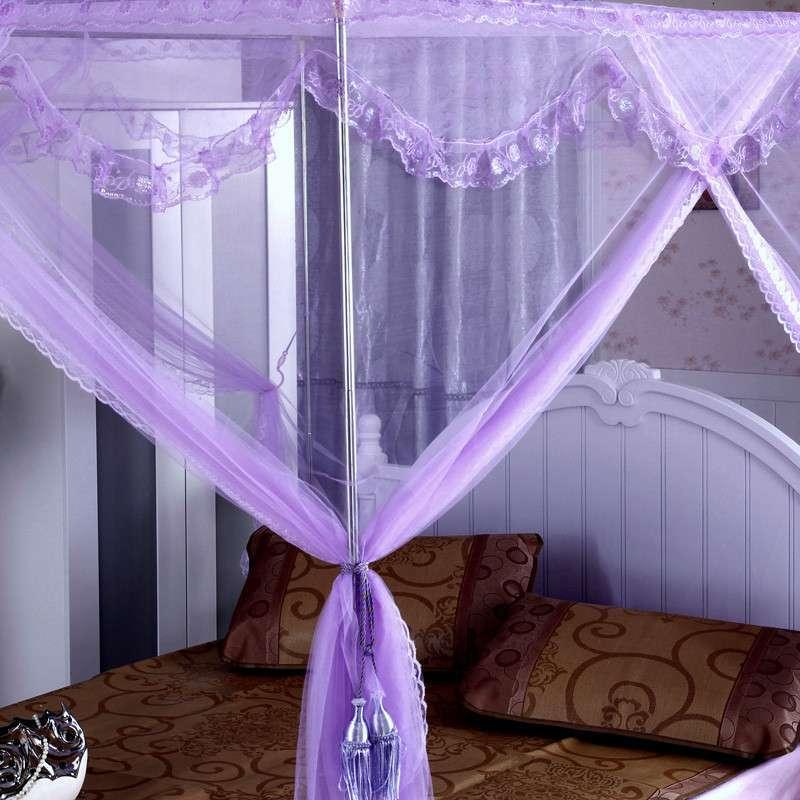 紫色床搭配窗帘效果图