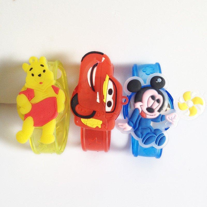 卡通主题创意手表 闪光手腕带发光手环儿童礼物小玩具图片