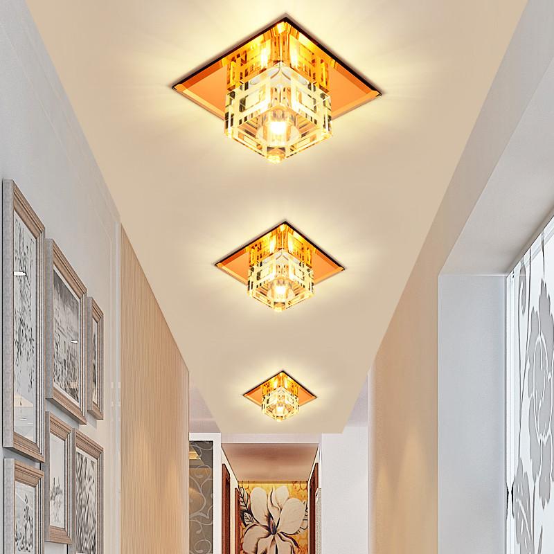 我家客厅吊顶,安装牛眼灯还有灯带,开关分别控制,开关