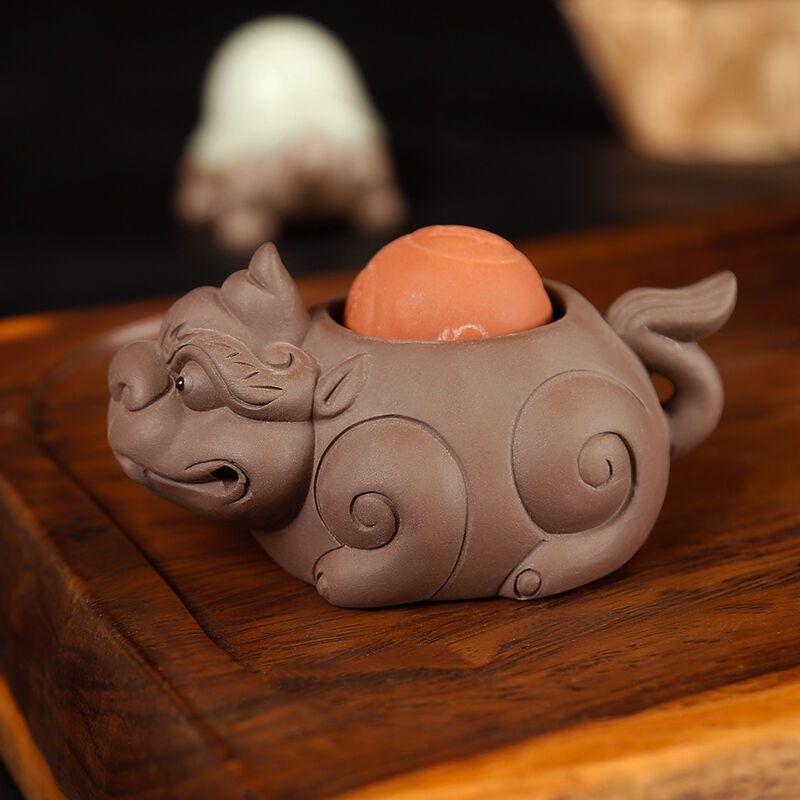 十德功夫陶瓷紫砂茶宠纯手工可爱小和尚貔貅金蟾喷水变色摆件创意精品
