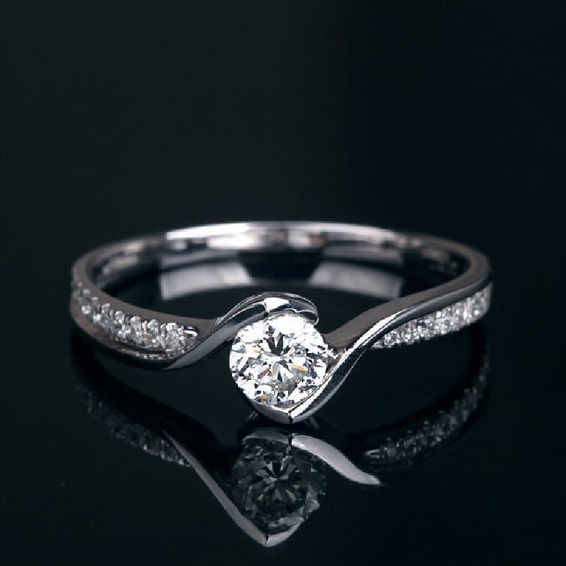 诗华私人定制白18k金65分f-g豪华钻石戒指结婚戒指钻戒女戒