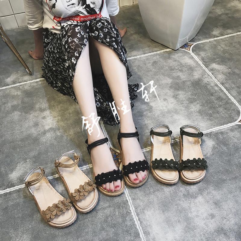 凉鞋女平跟罗马风格