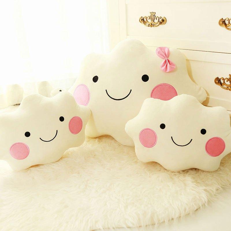 创意云朵抱枕情侣玩偶靠垫闺蜜生日礼物送女孩子可爱简约男女宝宝抱枕