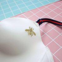 http://www.hongfen.org/uploads/140508/224_140508122121_2.jpg_红粉女王(hongfennvwang)文胸套装和诺妮梦文胸套装哪个好