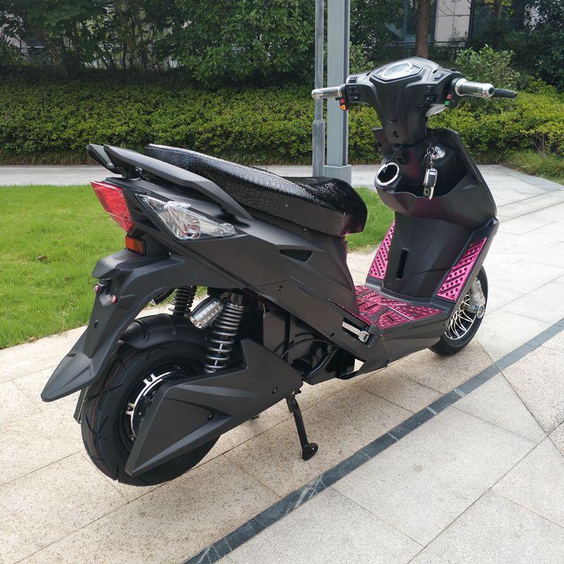 稳骑电动车电瓶车电摩踏板车战速鬼火电摩摩托车自行车代步新款60伏72