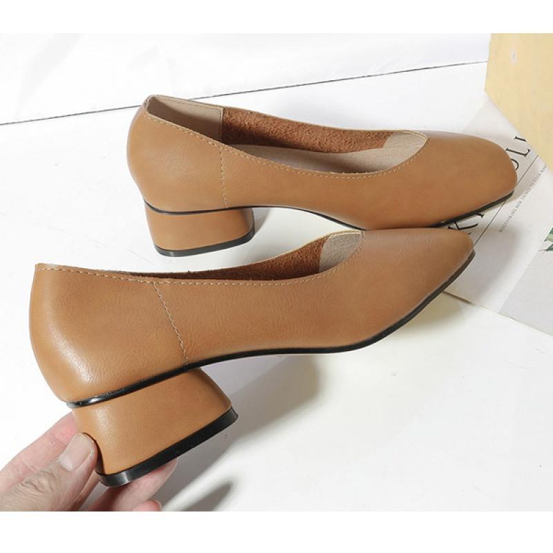 新款2017新款秋韩版真皮皮鞋女方头单鞋中跟
