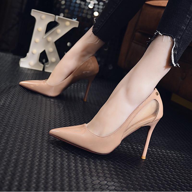性感裸木女_网纱细跟性感高跟鞋女夏秋2018新款韩版裸色漆皮尖头超高跟女单鞋