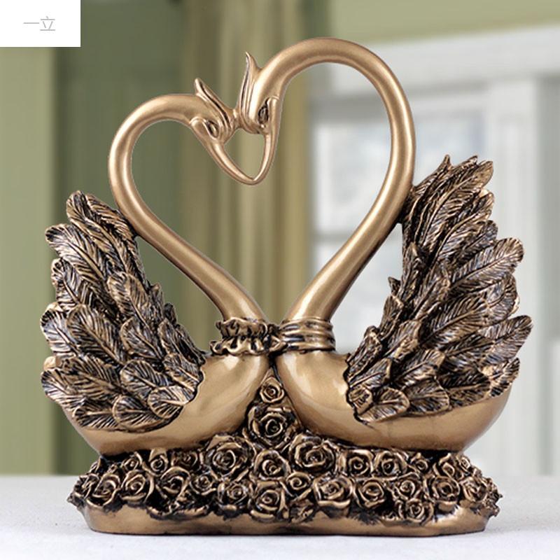 一立新款特价欧式玫瑰天鹅摆件家居装饰品时尚创意婚庆礼品现代客厅图片