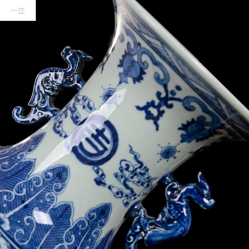 一立新款特价仿古手绘青花瓷双耳赏瓶 景德镇陶瓷器花瓶花插客厅工艺
